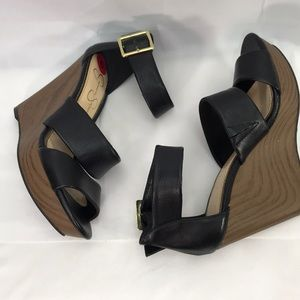 Jessica Simpson Cullee Black Wedge Size 6M